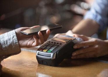Co to są płatności mobilne
